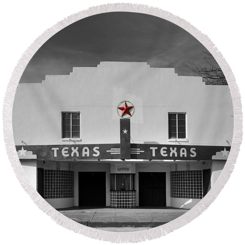 Bronte Round Beach Towel featuring the photograph The Texas Theatre Of Bronte Texas by Mountain Dreams