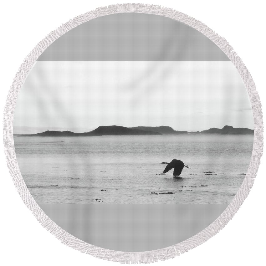 Beach Round Beach Towel featuring the photograph Down East Maine by Trace Kittrell