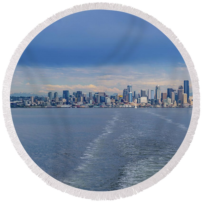 Seattle Round Beach Towel featuring the photograph Seattle Skyline by Cityscape Photography