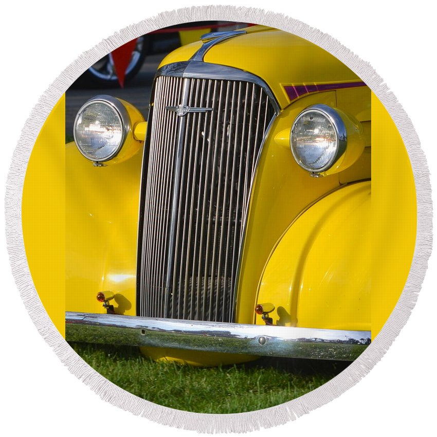 Round Beach Towel featuring the photograph Chevy Pickup by Dean Ferreira