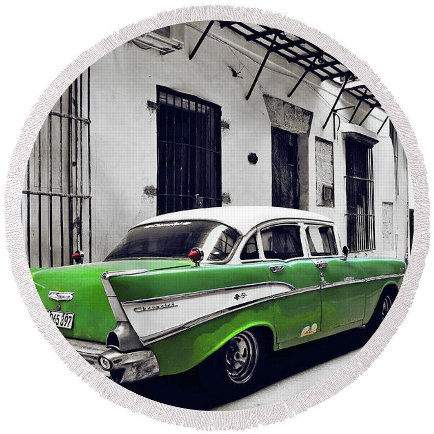 Havana Round Beach Towel featuring the photograph Havana, Cuba - Classic Car by Chris Andruskiewicz