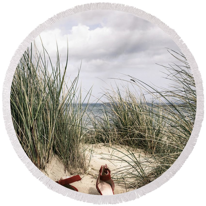 Dune Round Beach Towel featuring the photograph Red High Heels by Joana Kruse