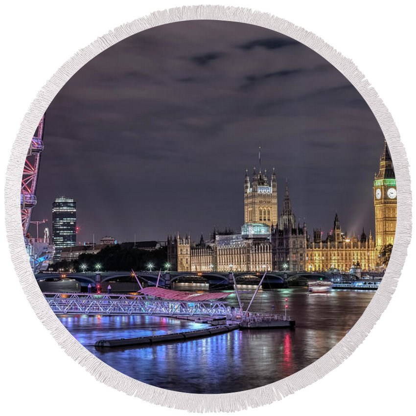 Westminster Round Beach Towel featuring the photograph Westminster - London by Joana Kruse