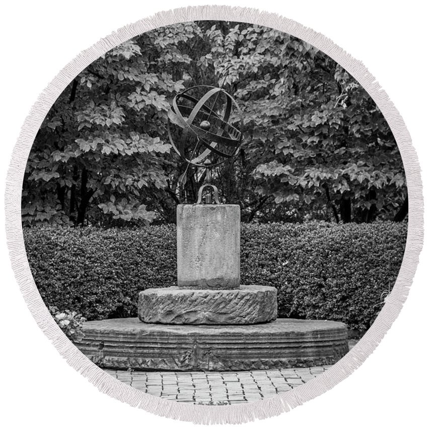 University Circle Round Beach Towel featuring the photograph 4387- Sculpture Black And Whi by David Lange