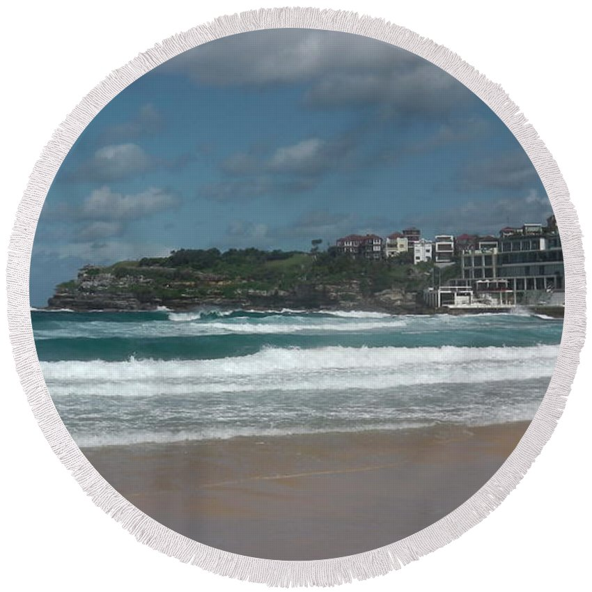 Australia Round Beach Towel featuring the photograph Australia - Bondi Beach Southern End by Jeffrey Shaw