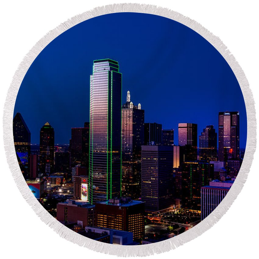Dallas Round Beach Towel featuring the photograph Dallas At Dusk by Mountain Dreams