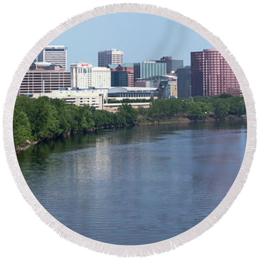 Waterway Round Beach Towel featuring the photograph Hartford Skyline Panorama by Bill Cobb