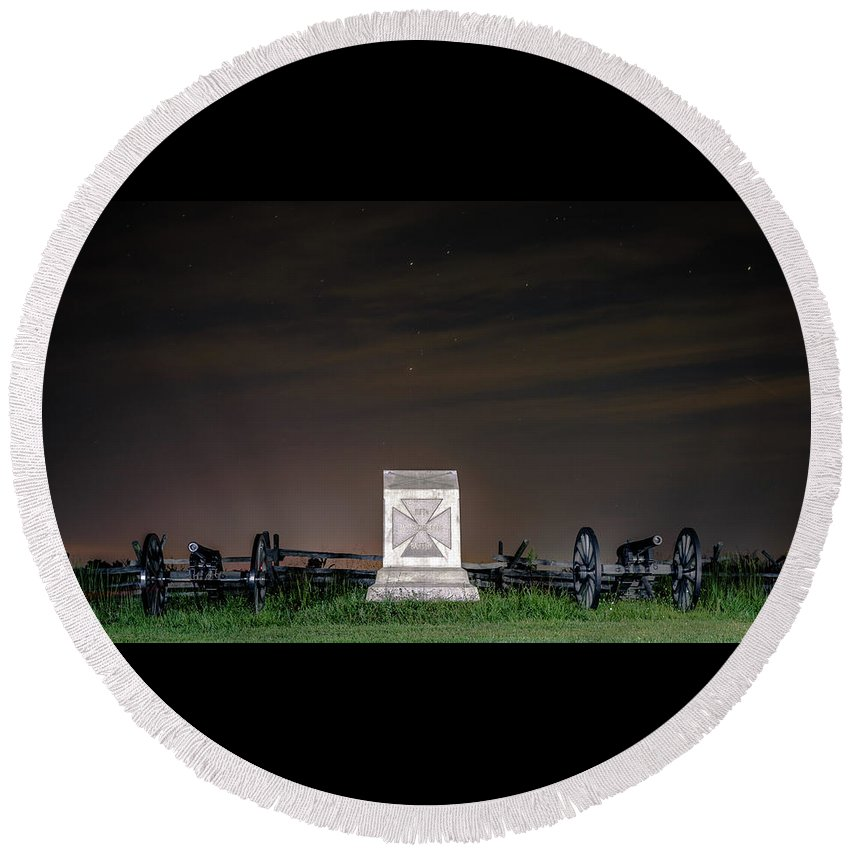 Pa Round Beach Towel featuring the photograph 5th Massachusetts Battery by Rob Sellers