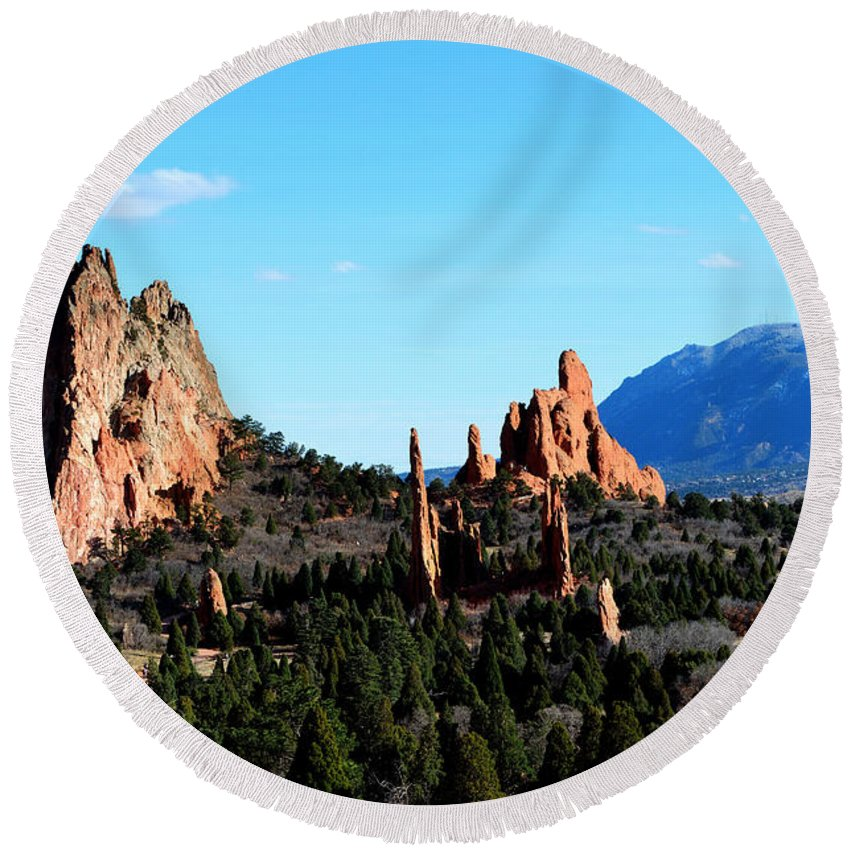 Landscape Round Beach Towel featuring the photograph Garden Of The Gods by Pam Romjue