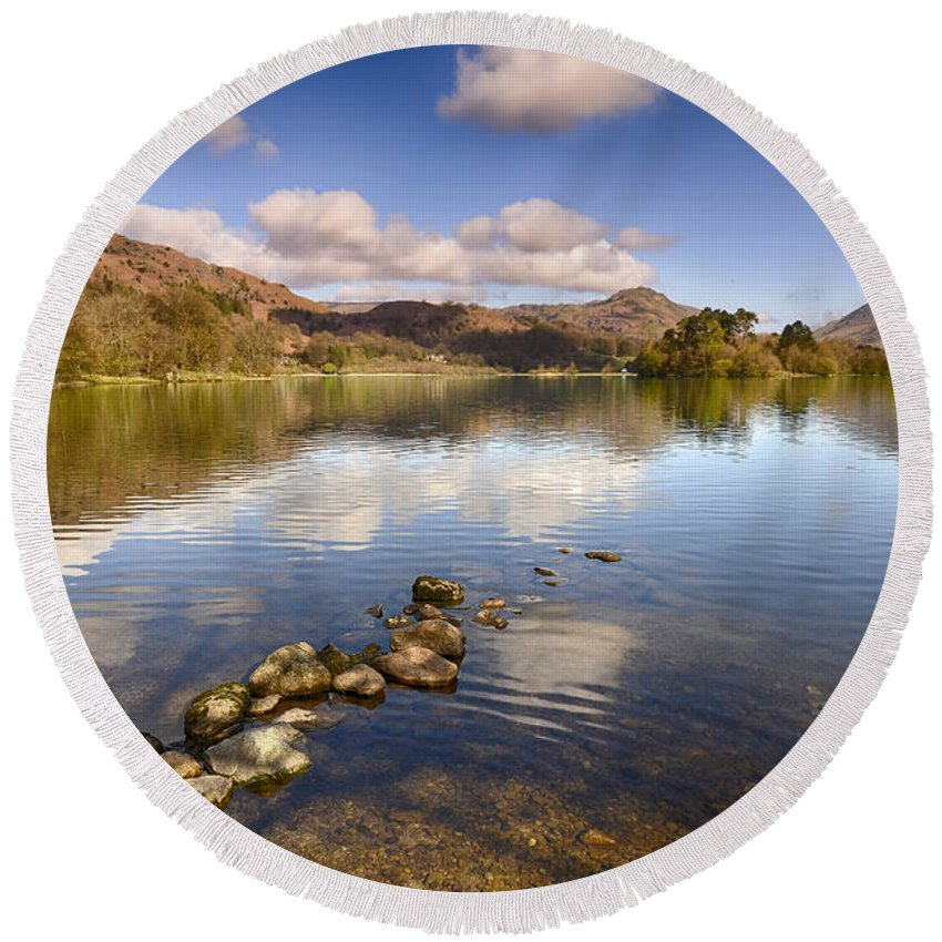 Grasmere Round Beach Towel featuring the photograph Grasmere by Smart Aviation