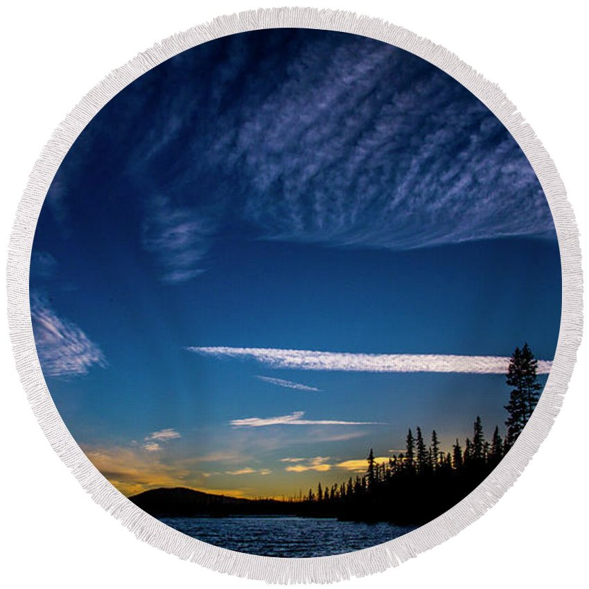 Round Beach Towel featuring the photograph Waldo Lake by Angus Hooper Iii