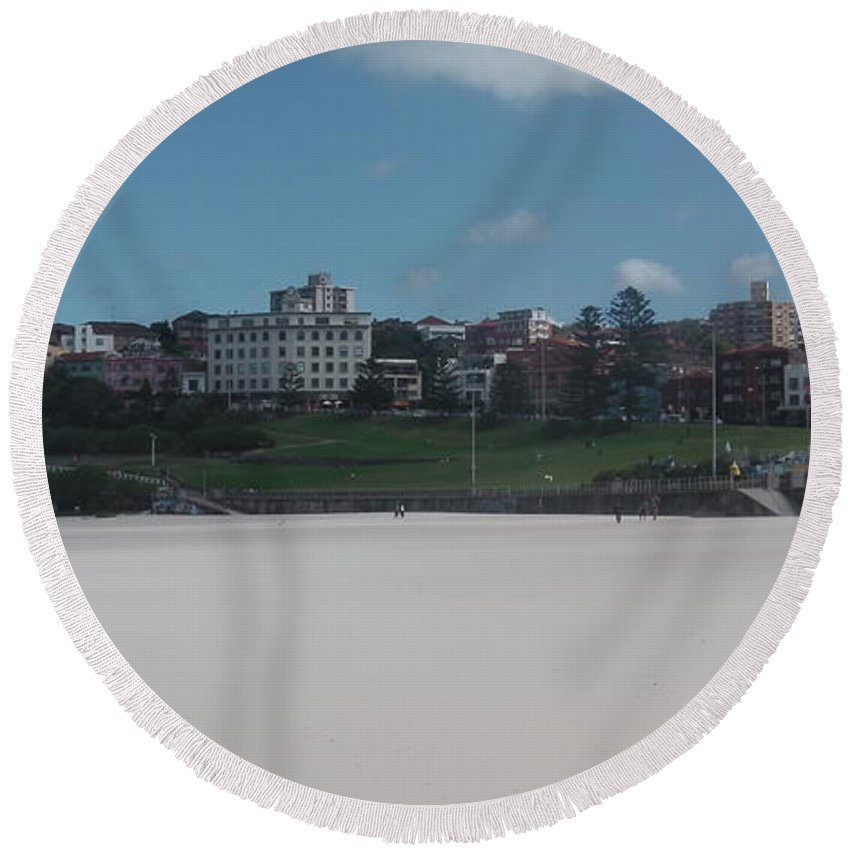 Australia Round Beach Towel featuring the photograph Australia - Bondi Beach Southern End by Jeffrey Shaw