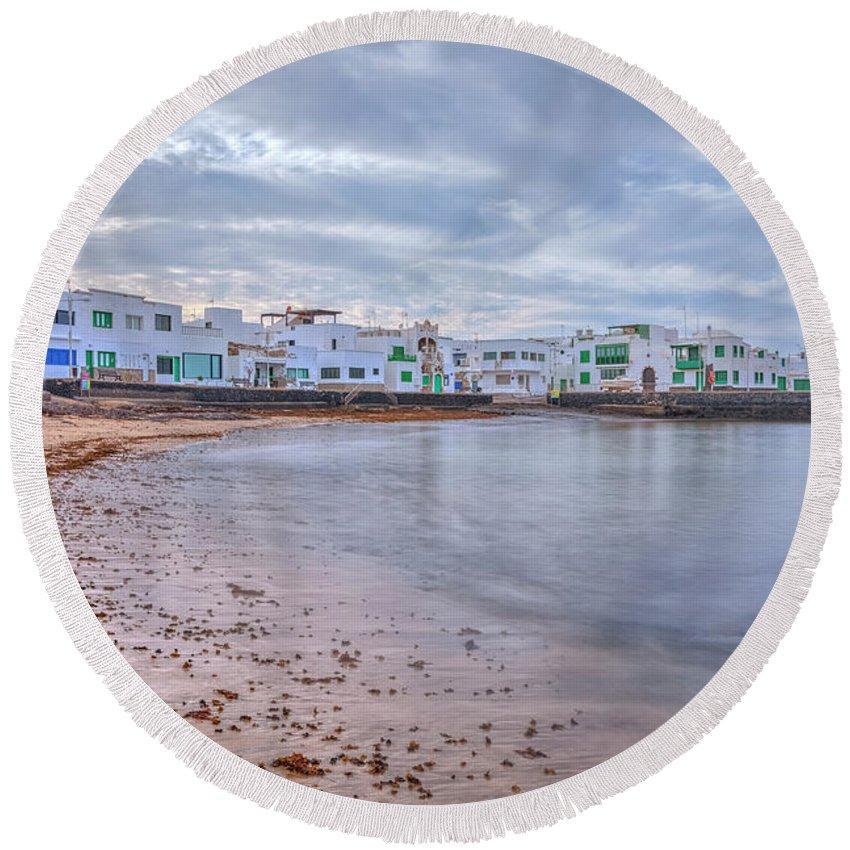 Playa De Famara Round Beach Towel featuring the photograph Famara - Lanzarote by Joana Kruse