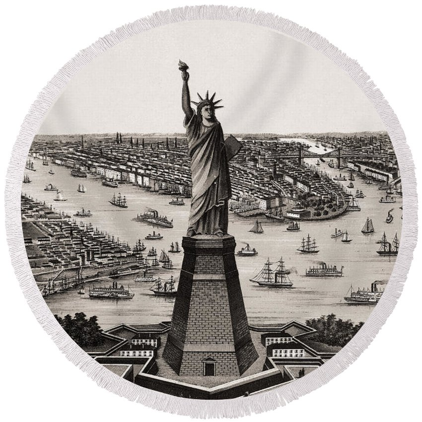 1900 Round Beach Towel featuring the photograph Statue Of Liberty by Granger