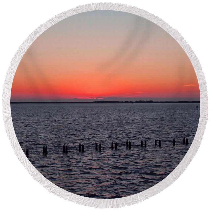 Sunset Round Beach Towel featuring the photograph A Beautiful Heist by Michiale Schneider
