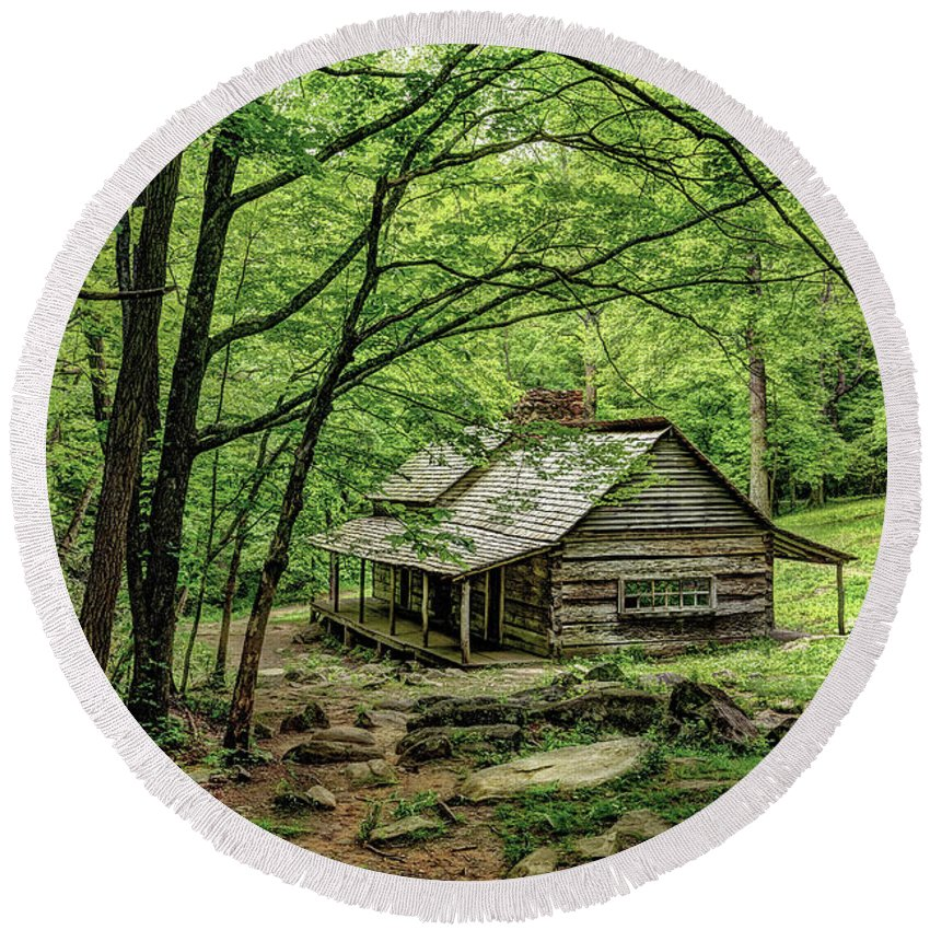 Great Smoky Mountains National Park Round Beach Towel featuring the photograph A Cabin In The Woods by Kay Brewer