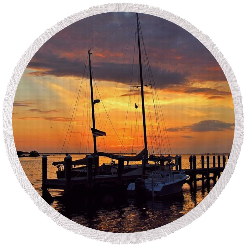 Sunset Round Beach Towel featuring the photograph A Fierce Choice by Michiale Schneider