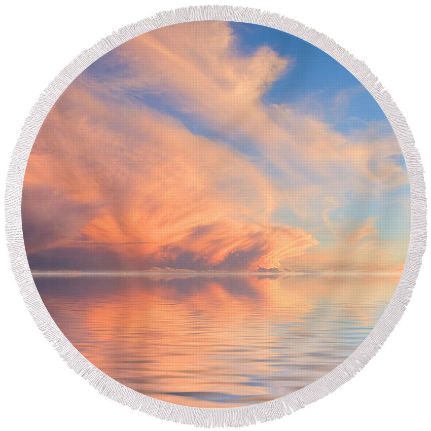 Cloud Round Beach Towel featuring the photograph A Fiery Horizon by Jerry McElroy