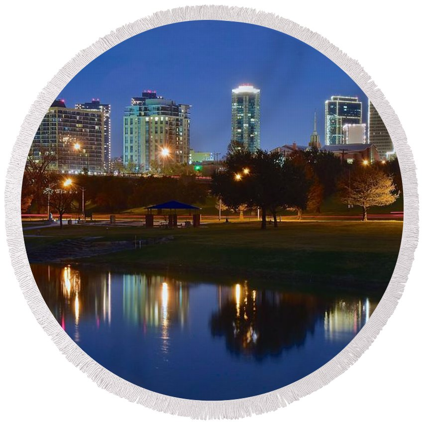 Fort Round Beach Towel featuring the photograph A Fort Worth Night by Frozen in Time Fine Art Photography
