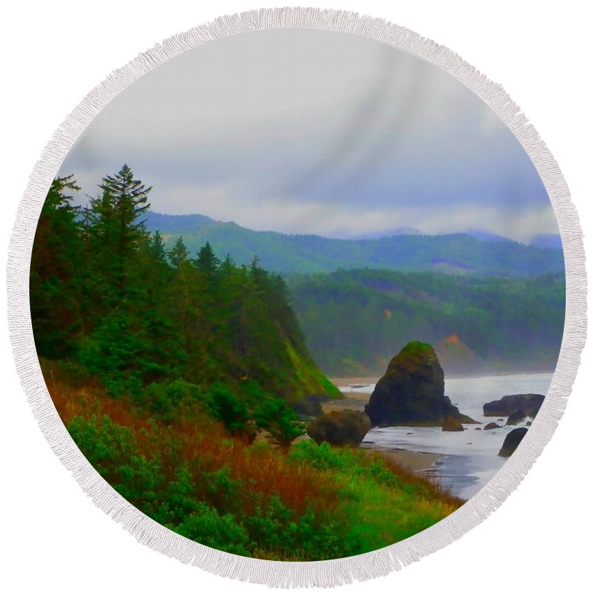 Outside Round Beach Towel featuring the photograph A Glimpse Of Oregon by Charleen Treasures