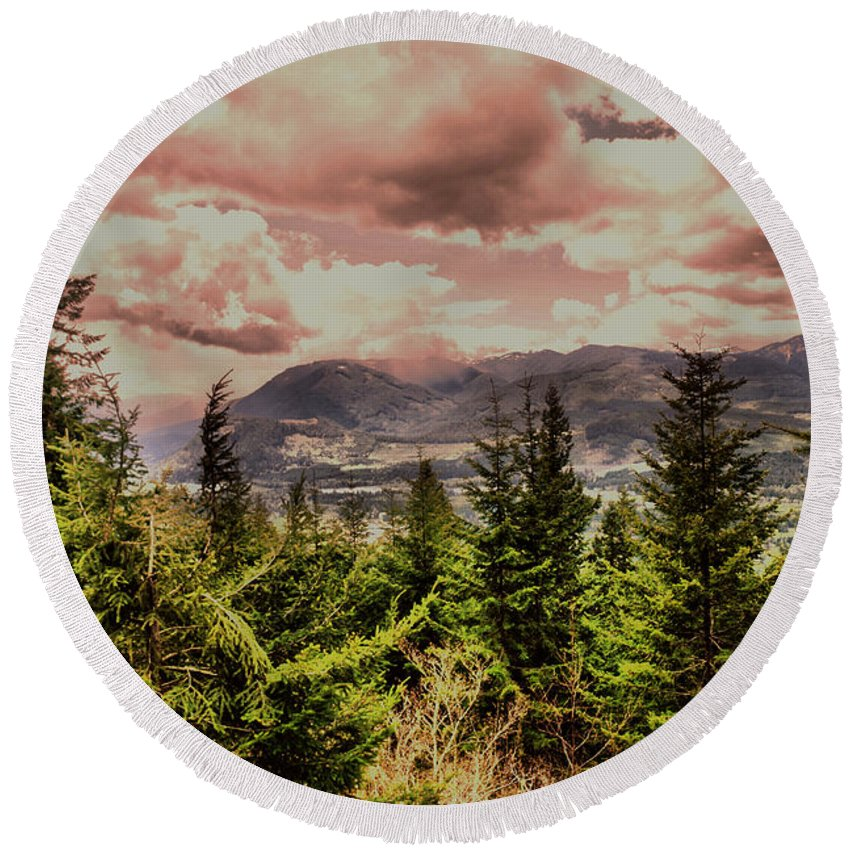 Mountains Round Beach Towel featuring the photograph A Glimpse Of The Mountains by Jeff Swan