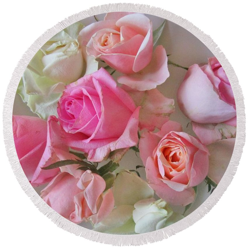 Roses Round Beach Towel featuring the photograph A Plate Of Roses by Rosita Larsson