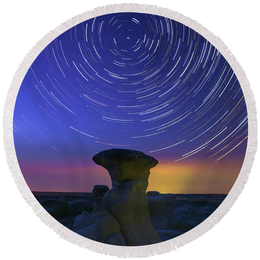 Bisti Badlands Round Beach Towel featuring the photograph A Portal To Bisti Badlands by Robert Loe