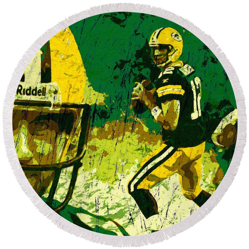 Aaron Rodgers Round Beach Towel featuring the painting Aaron Rodgers 2015 by John Farr