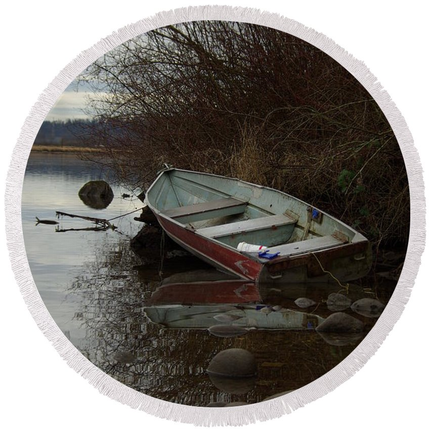 Abandoned Round Beach Towel featuring the photograph Abandoned Boat by Cindy Johnston