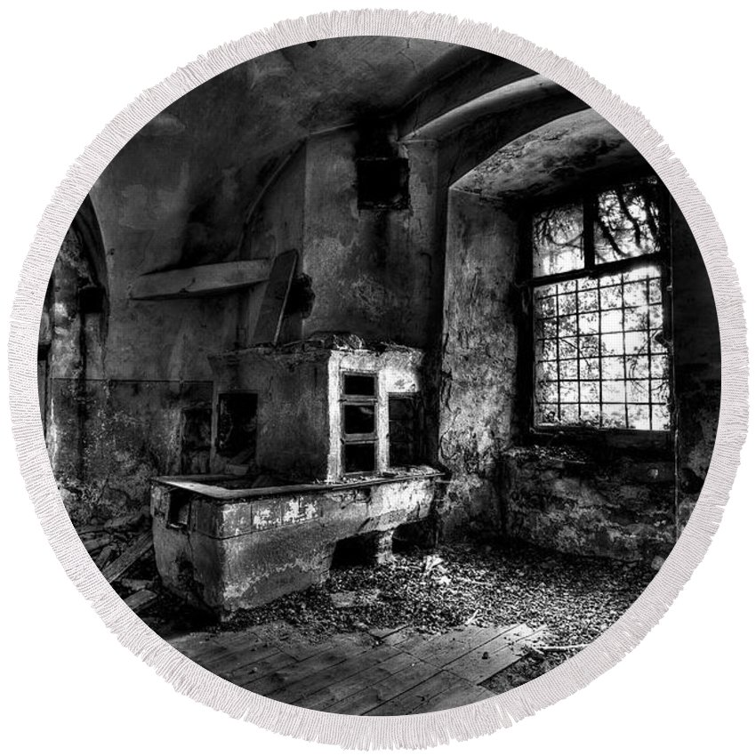 Old Round Beach Towel featuring the photograph Abandoned kitchen by Ivan Slosar