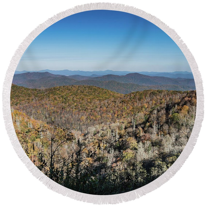 Blue Ridge Parkway Round Beach Towel featuring the photograph Across The Divide by Jane Luxton