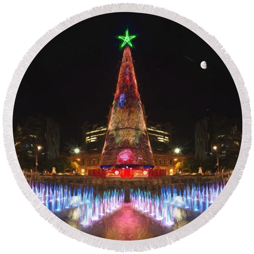 Adelaide Round Beach Towel featuring the photograph Adelaide Christmas Lights Vg by Ray Warren