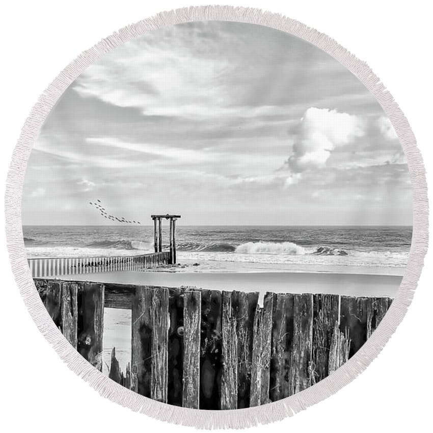 Black And White Round Beach Towel featuring the photograph After The Storm Black And White by Kathy Baccari