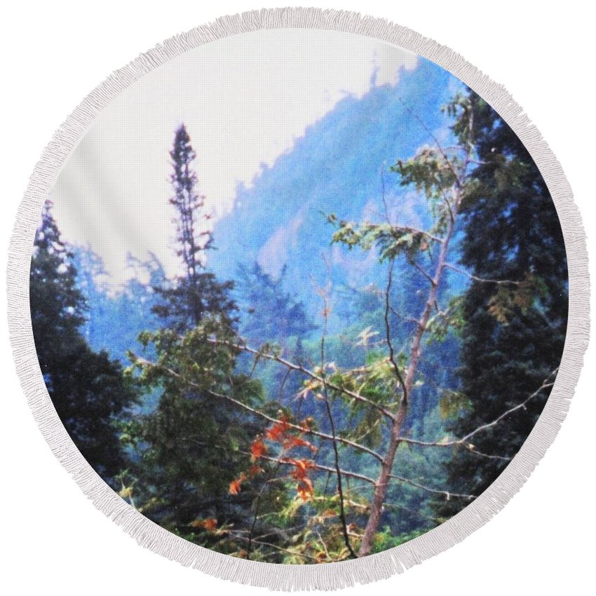 Agawa Round Beach Towel featuring the photograph Agawa Canyon by Ian MacDonald