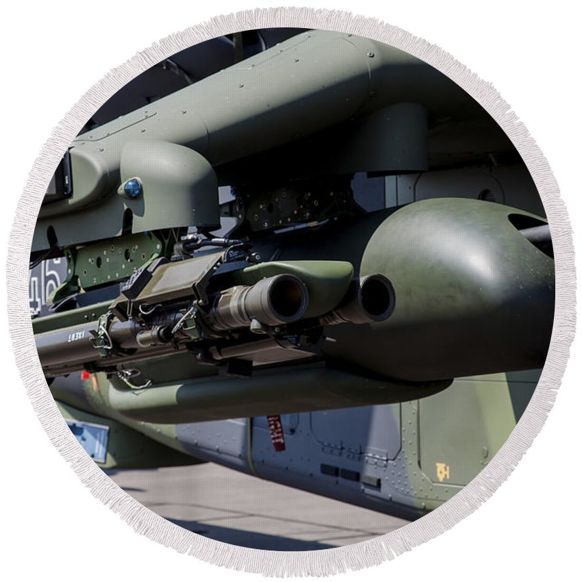 Horizontal Round Beach Towel featuring the photograph Aim-92 Stinger Weapon And Gunpod by Timm Ziegenthaler