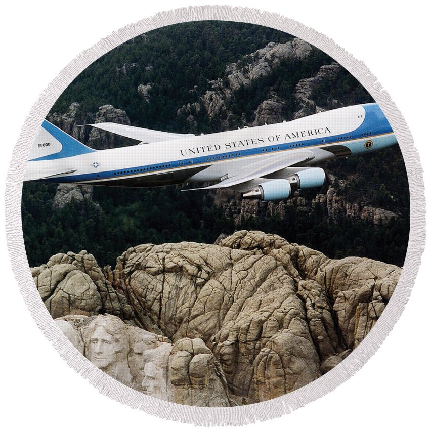 Mount Rushmore Round Beach Towel featuring the photograph Air Force One Flying Over Mount Rushmore by War Is Hell Store