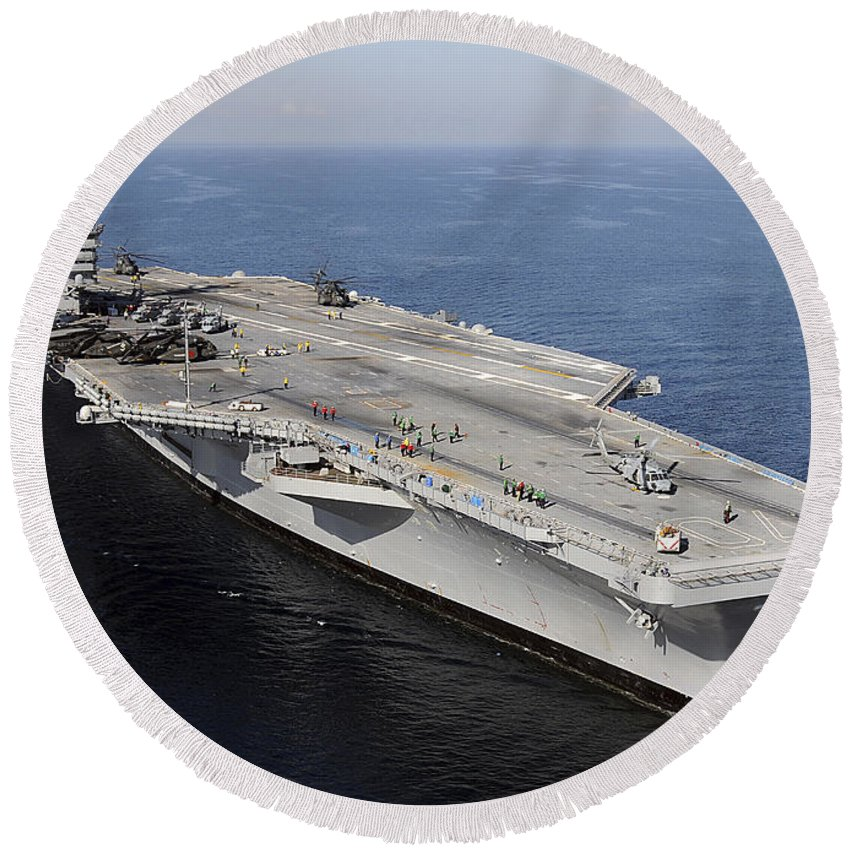 Us Navy Round Beach Towel featuring the photograph Aircraft Carrier Uss Carl Vinson by Stocktrek Images
