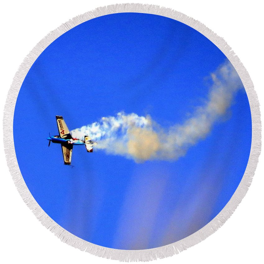Airplane Round Beach Towel featuring the photograph Airshow 8 Photograph by Kimberly Walker