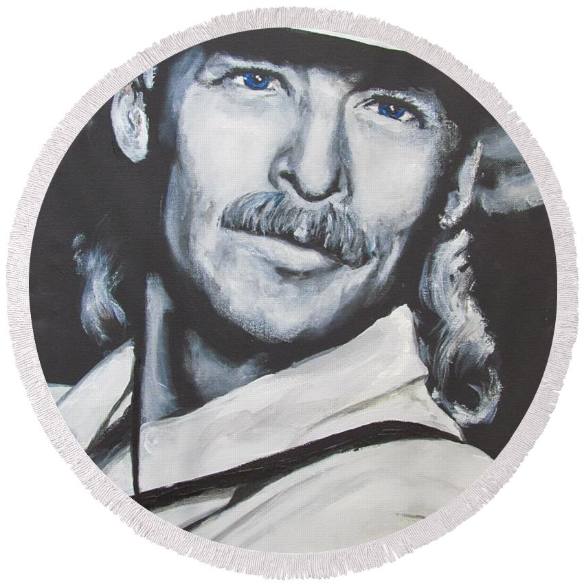 Alan Jackson Round Beach Towel featuring the painting Alan Jackson - In The Real World by Eric Dee