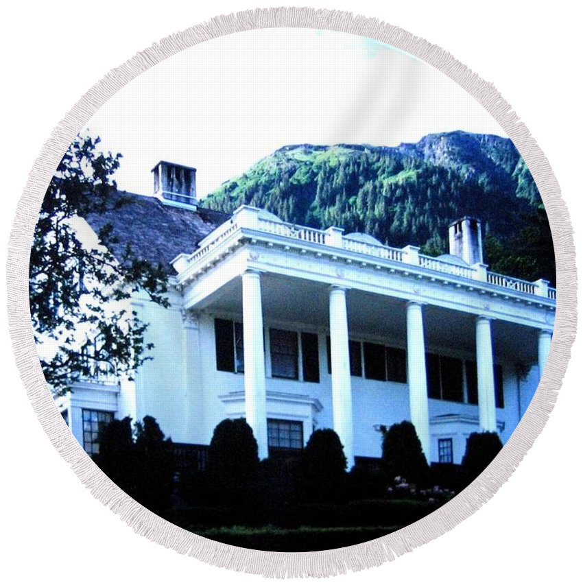 Alaska Round Beach Towel featuring the photograph Alaska Governors Mansion by Will Borden