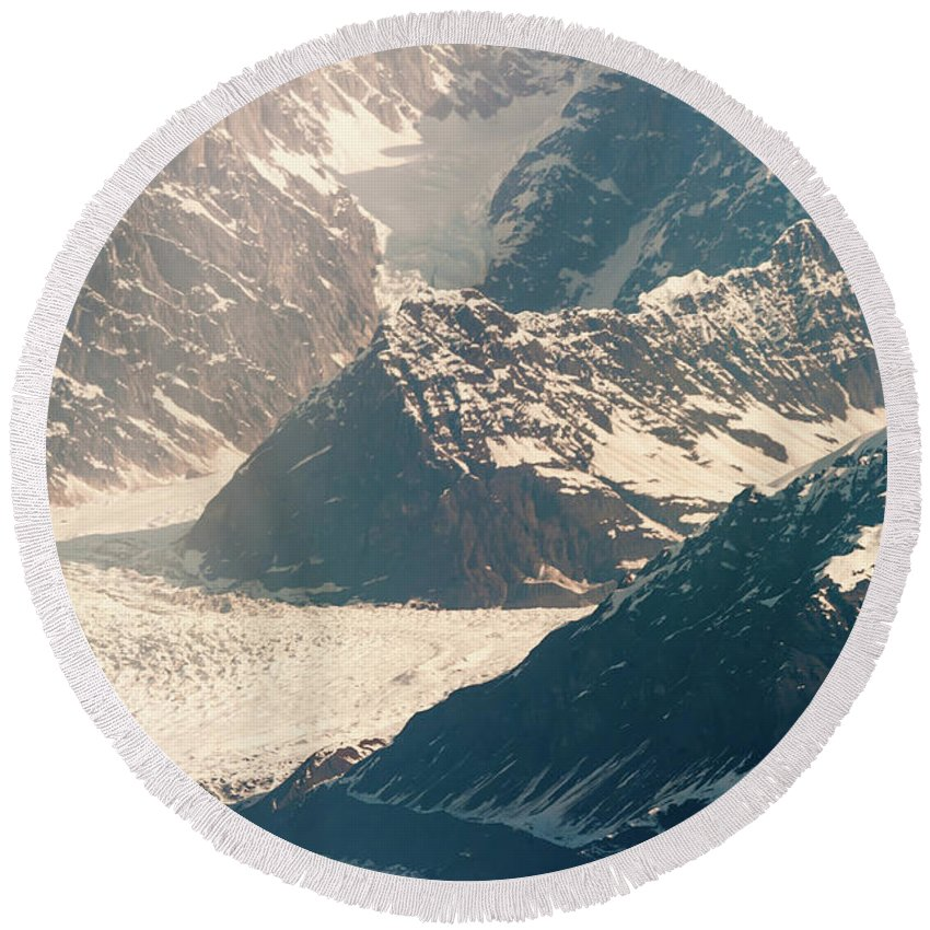 Alaska Glacier Round Beach Towel featuring the photograph Alasks Glacier Range Denali Nation Park by Charles McCleanon