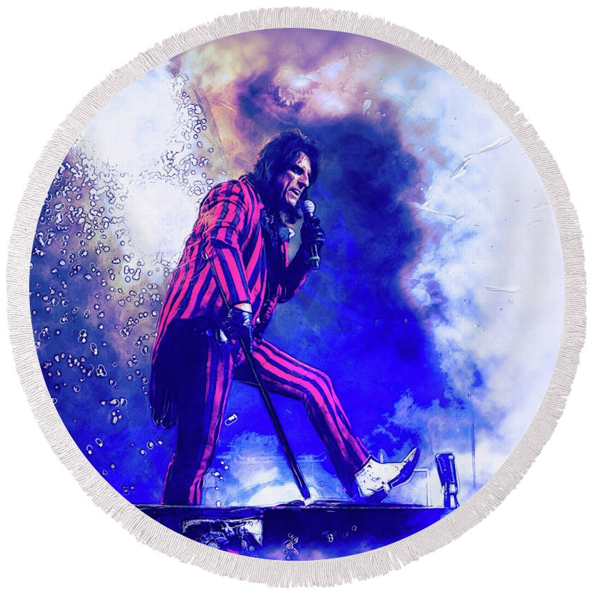 Alice Cooper Round Beach Towel featuring the photograph Alice Cooper On Stage by Thomas Leparskas