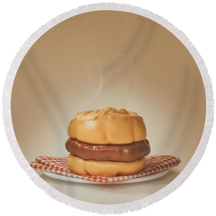 Scott Norris Photography Round Beach Towel featuring the photograph All-american Burger by Scott Norris