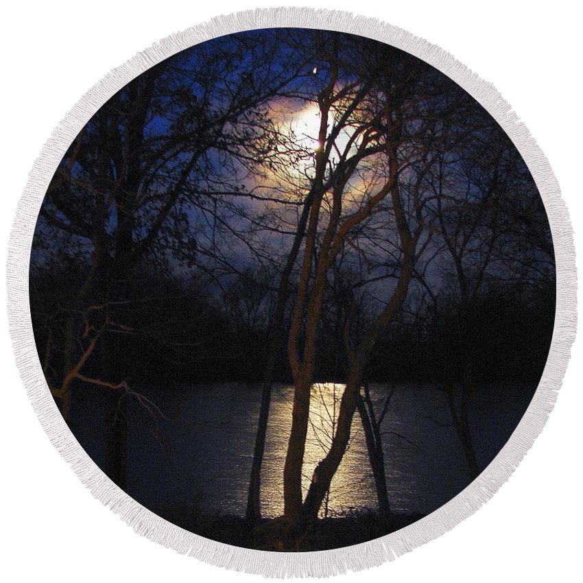 Photography Round Beach Towel featuring the photograph Early Morning Moon On Lake by J R  Seymour