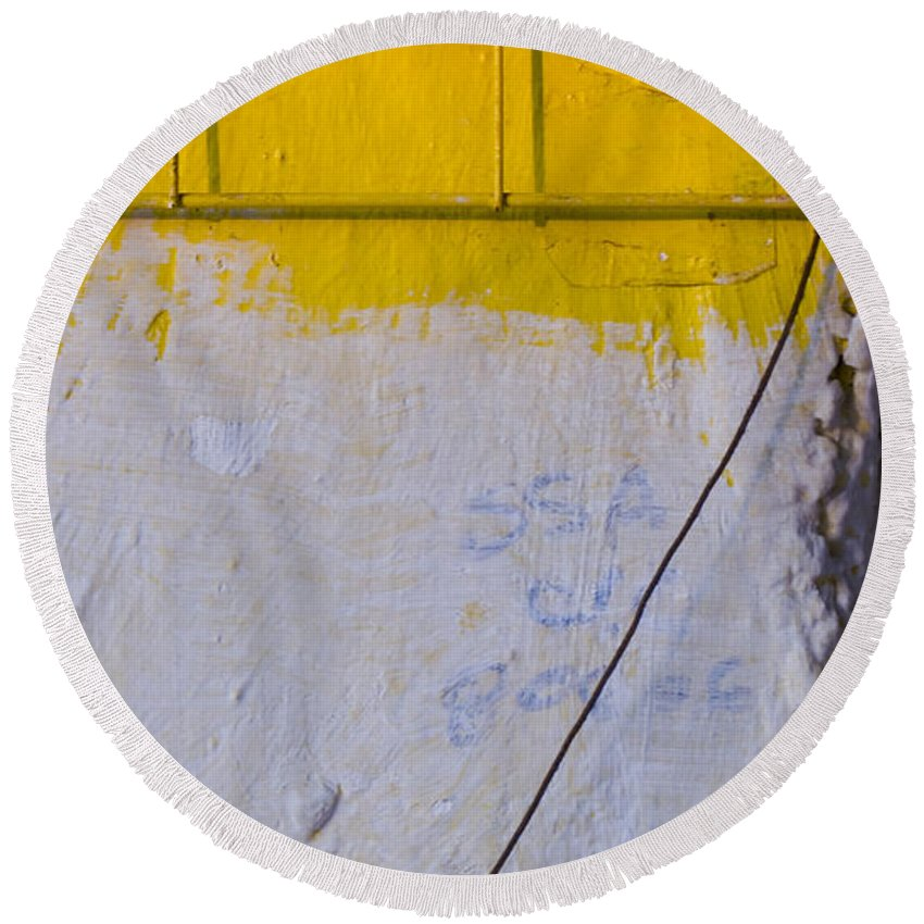 Abstract Round Beach Towel featuring the photograph Amarillo by Skip Hunt