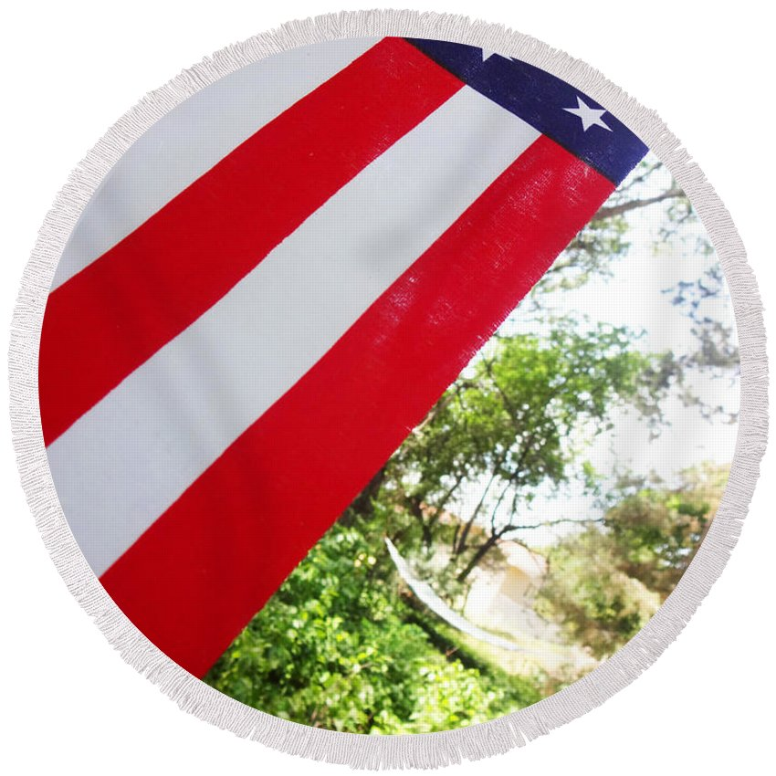 Stars Round Beach Towel featuring the photograph American Flag 1 by Korynn Neil