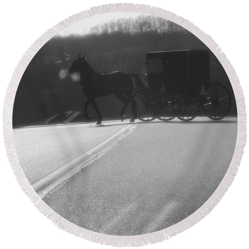 Amish Horse And Buggy In Winter Round Beach Towel featuring the photograph Amish Horse And Buggy In Winter by Dan Sproul