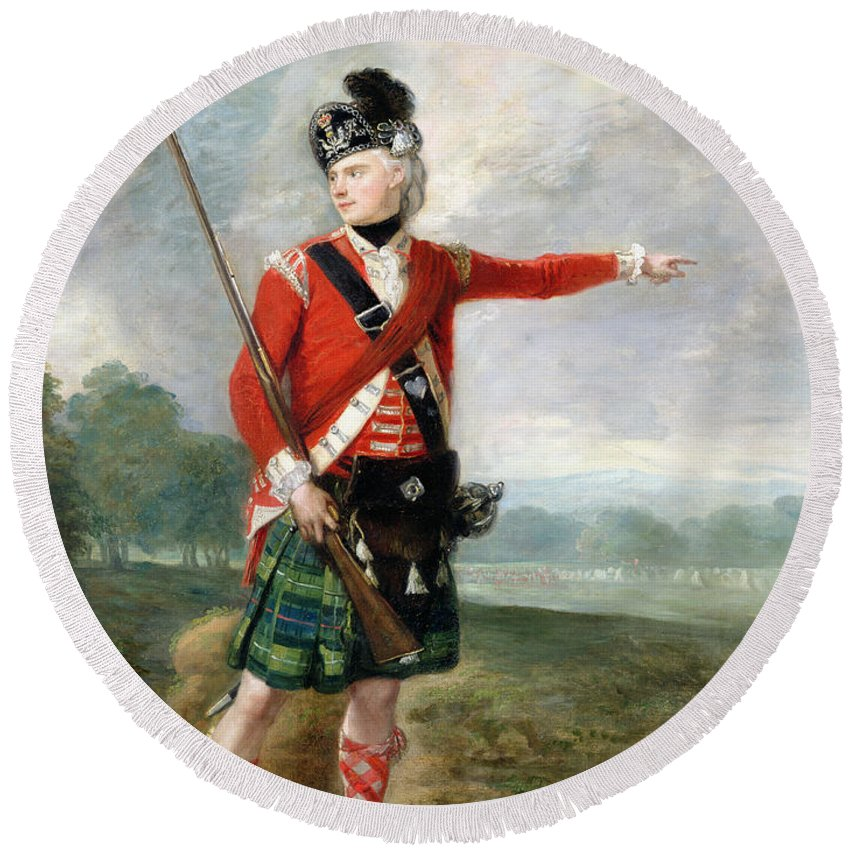 An Officer Of The Light Company Of The 73rd Highlanders Round Beach Towel featuring the painting An Officer Of The Light Company Of The 73rd Highlanders by Scottish School