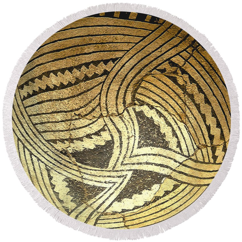 Anasazi Round Beach Towel featuring the painting Anasazi Pot by David Lee Thompson