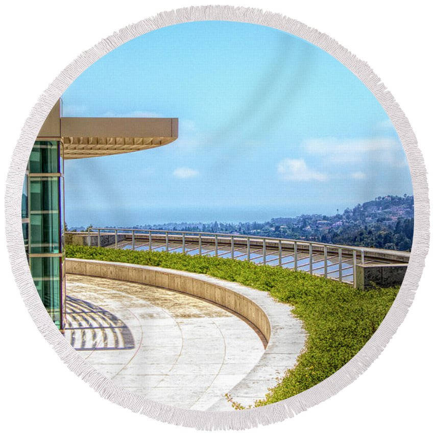 Getty Round Beach Towel featuring the photograph Architecture J. Paul Getty Museum California by Chuck Kuhn